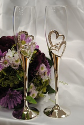 Buy Heart Flute Set and Make your occasion special
