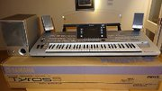 Yamaha Tyros5 76-Key Arranger Keyboard Workstation
